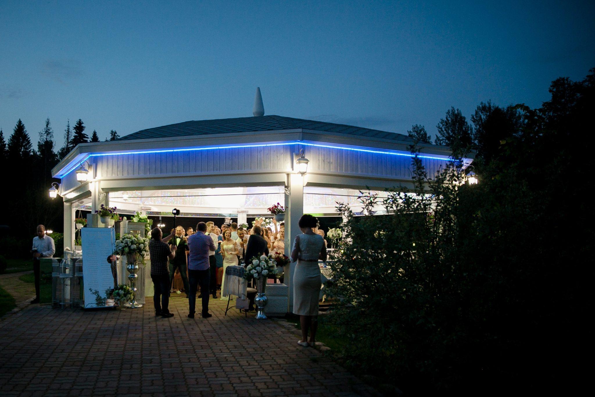 Ночная вечеринка на базе отдыха Резиденция Комела